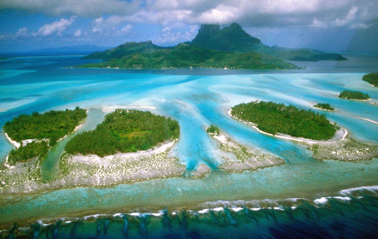 move_to_french-polynesia